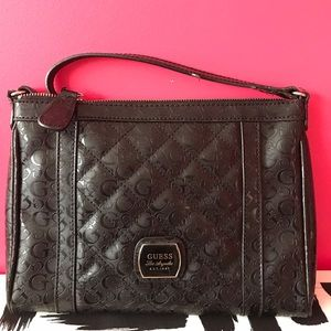 Guess: Black Crossbody